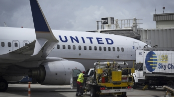 united airlines largest aircraft order